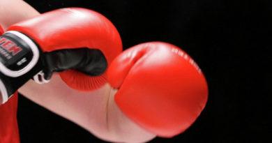 dva-sevastopoltsa-i-odin-krymchanin-dobilis-pobed-v-pervye-dva-dnya-chempionata-rossii-po-boksu