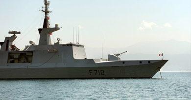 frantsuzskij-fregat-la-fayette-zasvetilsya-na-radarah-chernomorskogo-flota