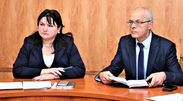 versiya-dlya-slabovidyashhih-glavnaya-stranitsa-administratsii-novosti-v-administratsii-goroda-nametili-puti-resheniya-problemnyh-voprosov-mikrorajona-beloe-5