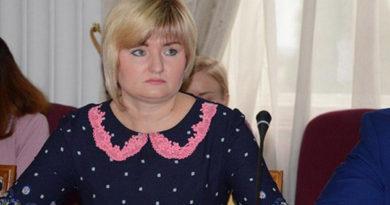 zamestitel-glavy-administratsii-yalty-viktoriya-tihonova-provela-priem-grazhdan-po-zemelnym-voprosam