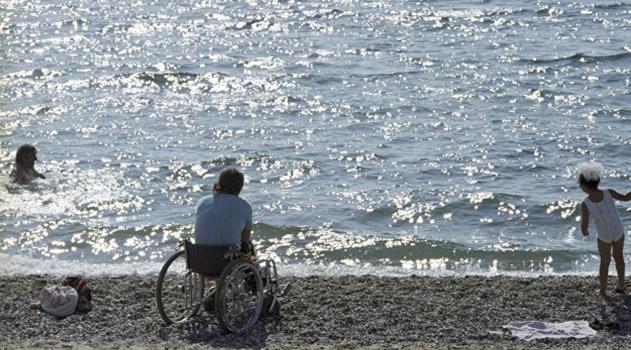 medvedev-poruchil-sozdat-v-sakah-i-evpatorii-reabilitatsionnye-tsentry-dlya-invalidov