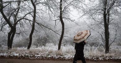 v-chetverg-krym-nakroyut-snegopad-i-tuman
