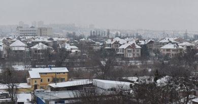 teplo-vozvrashhaetsya-v-pyatnitsu-v-krymu-nebolshoj-sneg-gololeditsa-i-do-1