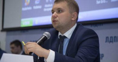 zampred-dumskogo-komiteta-po-obrazovaniyu-podderzhal-ideyu-perenosa-shkolnyh-kanikul