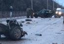 Жуткое ДТП под Симферополем: автобус врезался в столб, легковушку разорвало