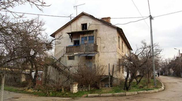 v-sevastopole-obeshhayut-renovatsiyu-dvuhetazhnyh-domov