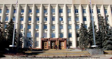vlasti-simferopolya-poprosili-aksyonova-vklyuchit-samyj-problemnyj-avarijnyj-dom-v-programmu-po-rasseleniyu