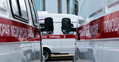 pod-simferopolem-lob-v-lob-stolknulis-fura-i-mikroavtobus