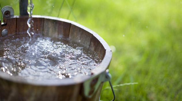 v-krymu-ustanovili-stavki-naloga-na-vodu