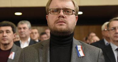 staryj-novyj-vitse-premer-deputaty-soglasoval-smenu-dolzhnosti-polonskogo