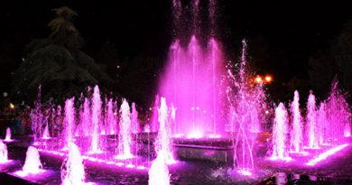 v-evpatorii-otkryli-novyj-svetovoj-fontan