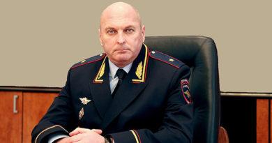 putin-podpisal-ukaz-ob-uvolnenii-glavy-mvd-po-krymu-sergeya-abisova