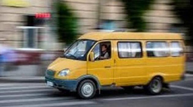 na-nekotoryh-marshrutah-simferopolya-ostavyat-avtobusy-maloj-vmestimosti