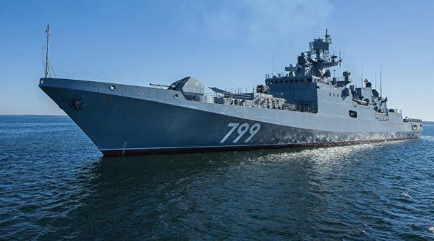k-mestu-bazirovaniya-fregat-admiral-makarov-napravlyaetsya-v-krym