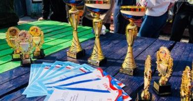 v-simferopole-sostoyalsya-gorodskoj-molodezhnyj-turnir-po-pejntbolu