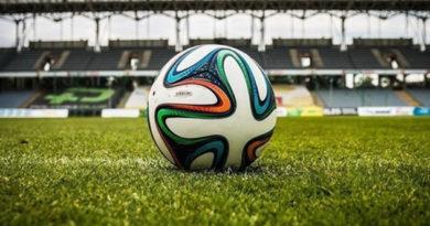 Команды из Советского и Евпатории лидируют в женском чемпионате Крыма по футболу
