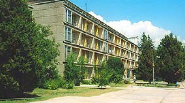 krymskie-vlasti-vystavili-na-auktsion-sanatorij-v-evpatorii-pochti-za-66-mln-rublej