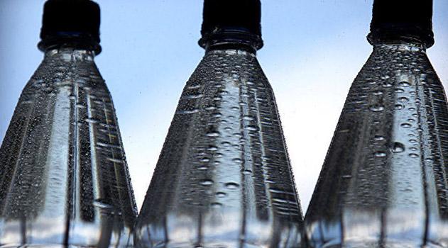 eksperty-rasskazali-o-kachestve-butilirovannoj-i-vodoprovodnoj-vody-v-krymu