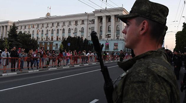 tsentr-simferopolya-iz-za-repetitsij-parada-pobedy-zakroyut-dlya-mashin-daty-i-vremya