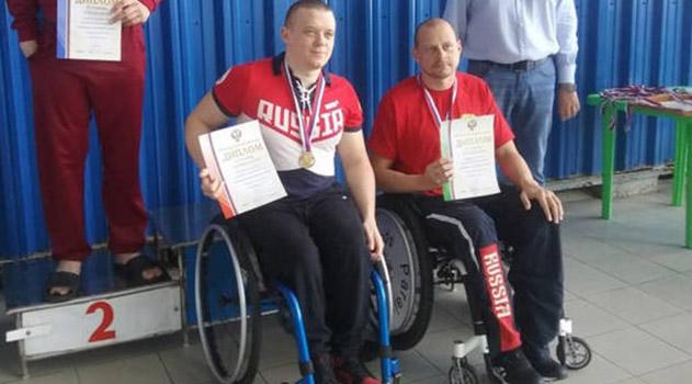 student-paralimpiets-iz-sevastopolya-ustanovil-mirovoj-rekord-po-plavanyu