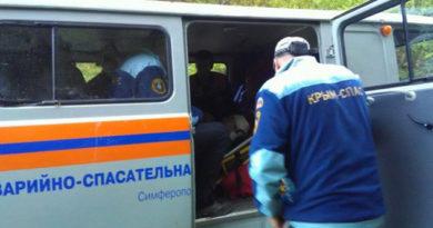 krymskie-spasateli-za-sutki-dvazhdy-evakuirovali-postradavshih-turistov-iz-gornoj-mestnosti