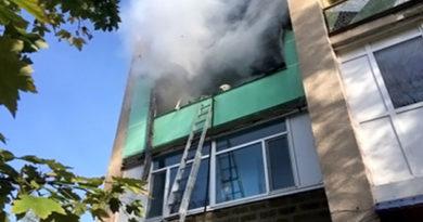dva-desyatka-chelovek-evakuirovany-v-krasnogvardejskom-rajone-iz-chetyrehetazhki-iz-za-pozhara