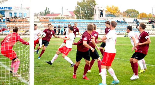 kerchenskaya-i-sevastopolskaya-komandy-poluchili-krasnye-kartochki-v-8-ture-chempionata-premer-ligi-kfs