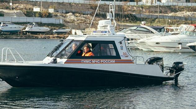 Севастопольские спасатели получили новую модель патрульного катера