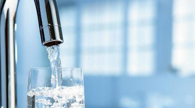 v-vode-kryma-obyasnili-pochemu-vernulis-k-staromu-grafiku-podachi-vody-v-simferopole